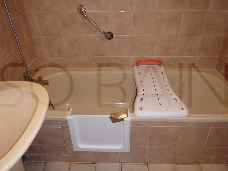 baignoire avec porte tanche 100 le bain s curit. Black Bedroom Furniture Sets. Home Design Ideas