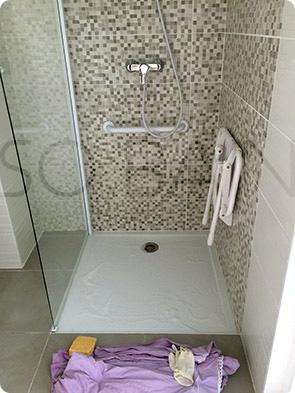 SO BAIn traitemet antidérappant sur receveur de douche