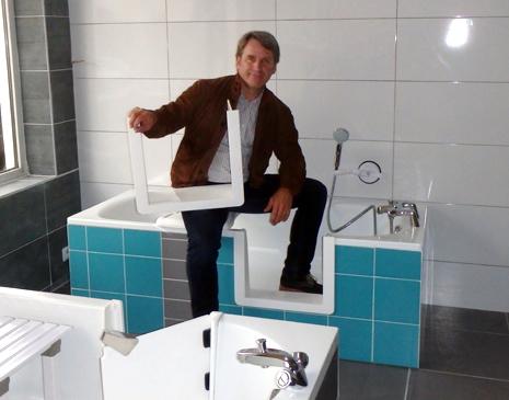 Ouverture de baignoire, découpe de baignoire - Thierry Dechappe gérant de SO BAIN