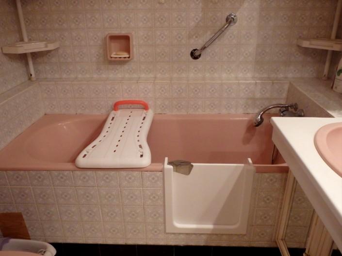 Baignoire avec porte étanche
